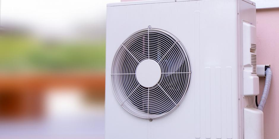 heat pump wall mounted exterior of house